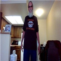 i am dave 68 in bullhead city az separated in different cities living alone...