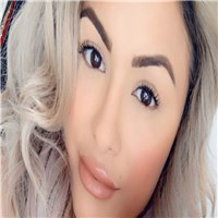 im tracy and im 31 years of age will turn onto 32 years on the 5th of december and im fair  in complexion have a blond hair w...